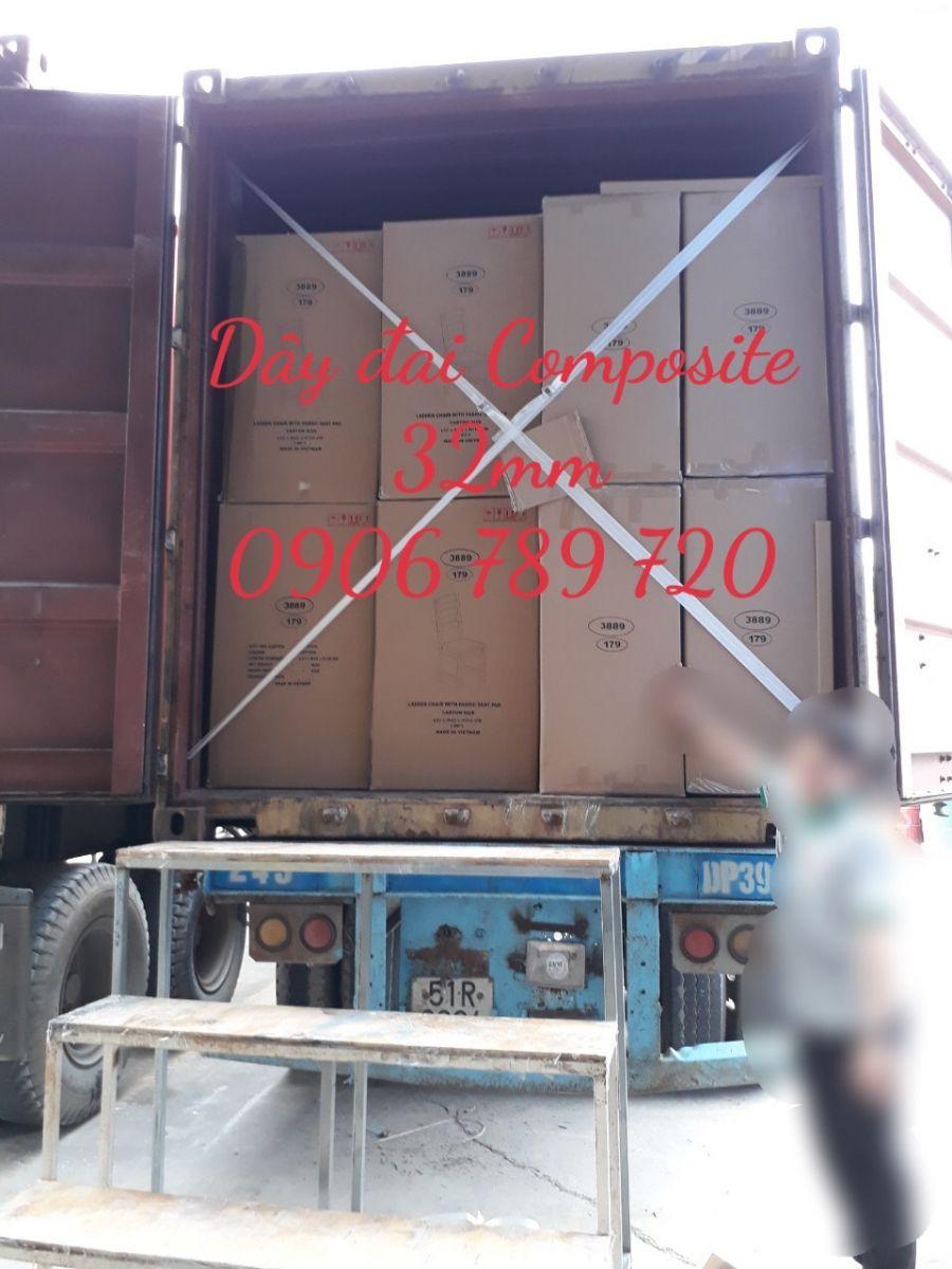 Hình ảnh ràng cửa Container